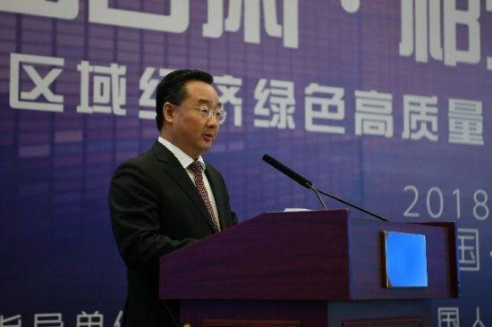 甘肃省委副书记、省长唐仁健在开幕式上致辞。新华社记者 范培�| 摄