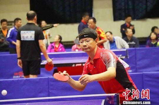 图为乒乓球比赛现场。 王斌 摄