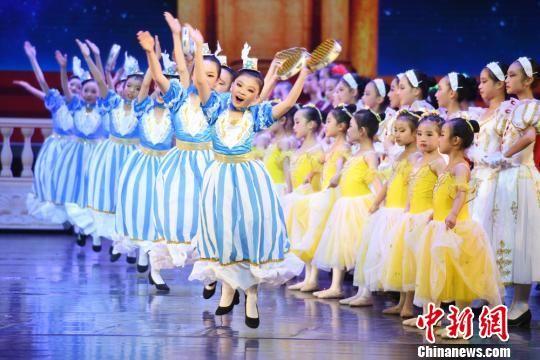 这也是甘肃首部本土少儿芭蕾舞剧。 杨艳敏 摄