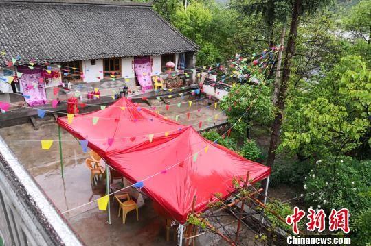 图为张凤霞经营的农家乐小院子。 刘玉桃 摄