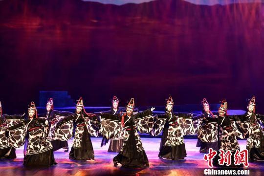 图为甘肃少数民族剧目展演。(资料图) 钟欣 摄