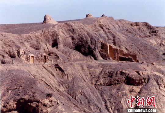 图为东千佛洞东崖。(资料图)甘肃省文物局供图