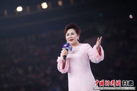 安利(中国)总裁余放在2019安利中国年会现场。