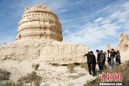 世界文化遗产甘肃锁阳城启塔尔寺