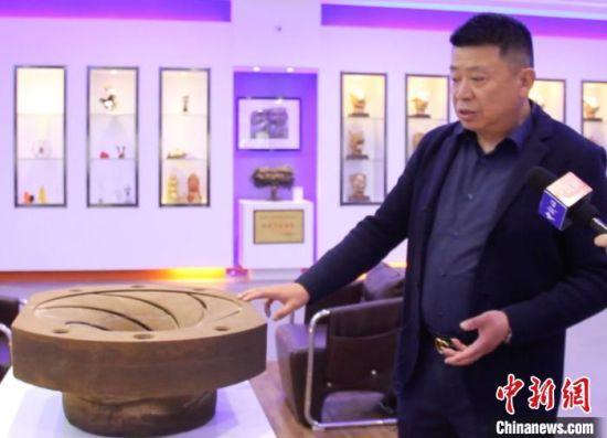 原材料为沙子的砂型模具,已广泛应用于甘肃境内的制造企业。 高莹 摄