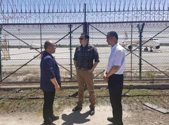 济南赛鹏紫玄公司派员现场查看飞机保税维修再制造项目拟选址