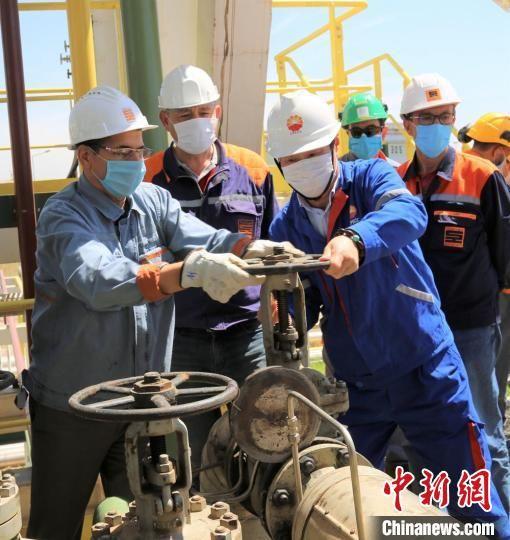 2017年,中国石油工程建设有限公司承接了阿尔及利亚首都阿尔及尔炼厂的改扩建项目。兰州石化公司供图