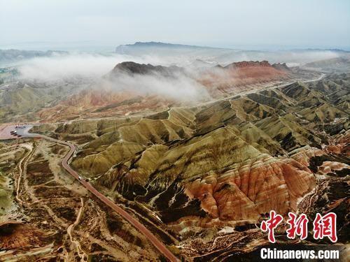 图为张掖丹霞景区。(资料图) 杨艳敏 摄
