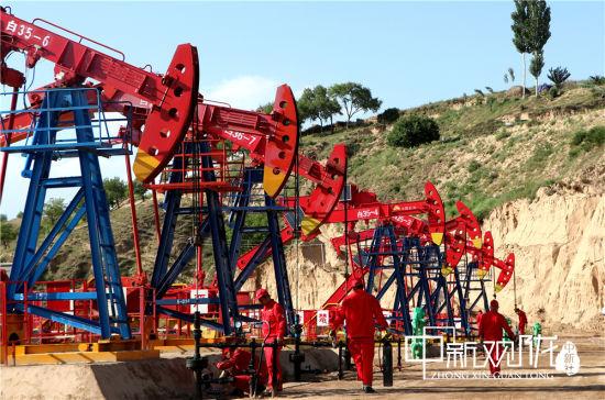 """""""脉冲采油""""技术系列成为老油田稳产技术体系的亮丽""""名片""""。"""