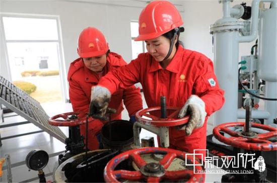 长庆采油二厂基层各单位抓好油田日常生产管理,确保安全平稳生产。