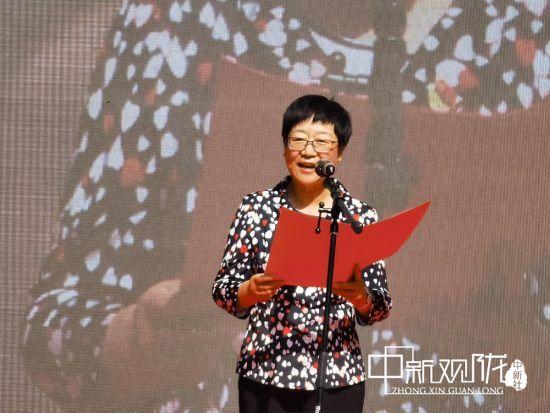 甘肃省妇联副主席、党组成员董晓玲为孩子们送上了节日的祝福。