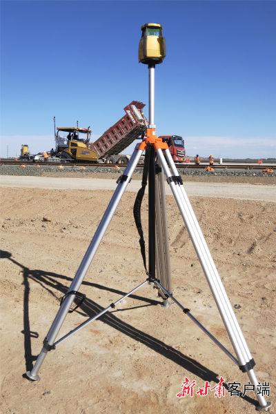 采用mmGPS3D自动找平测量技术
