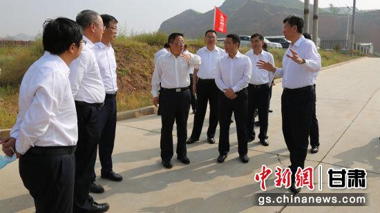 中国电建集团刘源一行17人实地查看示范区项目建设情况