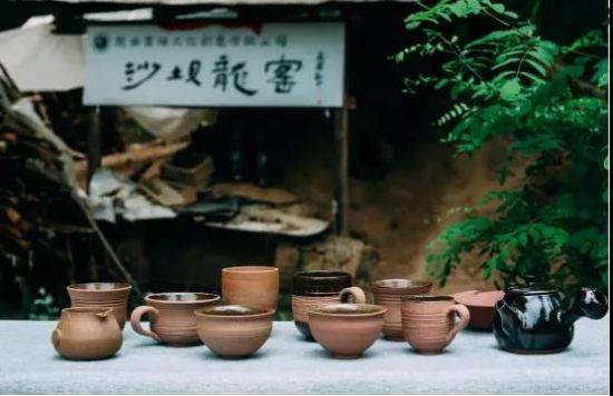 成县沙坝粗陶成品展示。