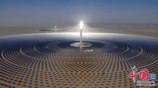 百兆瓦级熔盐塔式光热电站项目