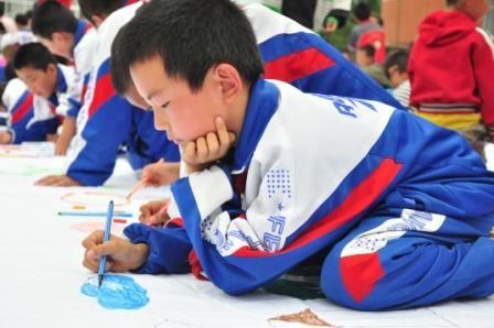 """用心描绘""""美丽的中国梦"""""""