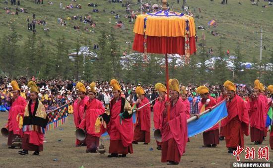 """""""道得尔""""是藏、汉文化的一种特殊混合体,充分体现了藏、汉族文化的密切交流与融合。丁思 摄"""