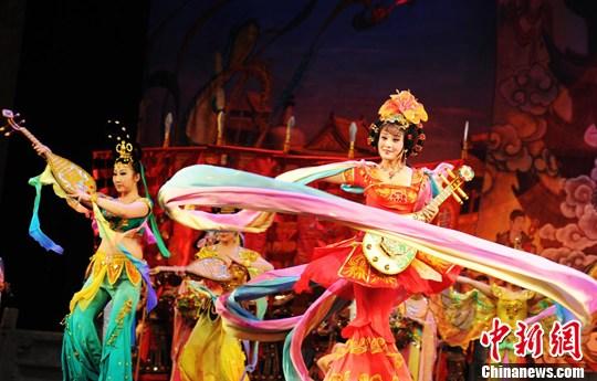 丝绸之路文化发展带 华夏文明传承创新区 绚丽甘肃图集