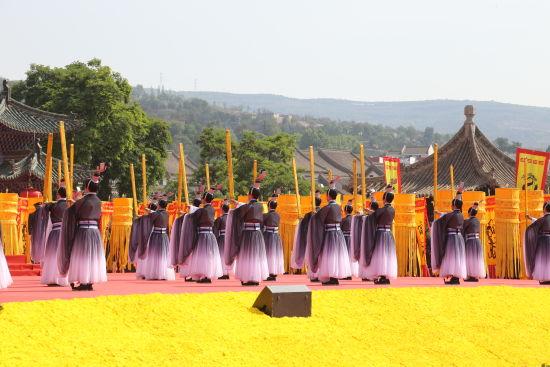 乐舞吿祭现场