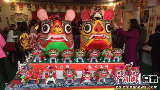 庆阳传统民俗手工艺品展精彩纷呈