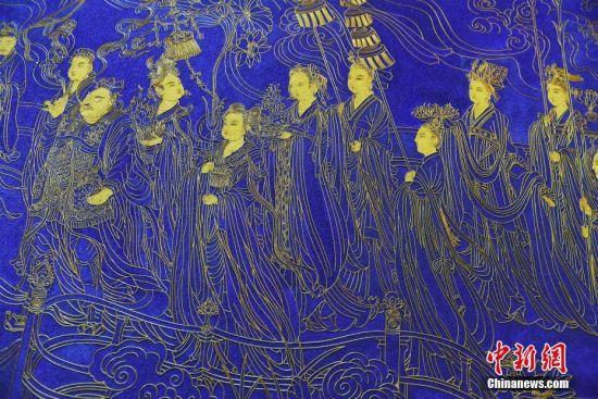 兰州艺人2000多米金丝掐出《八十七神仙景泰蓝珐琅壁画》