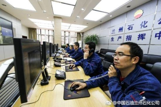 2018注册送白菜网站石化大雪天保温保安全保生产