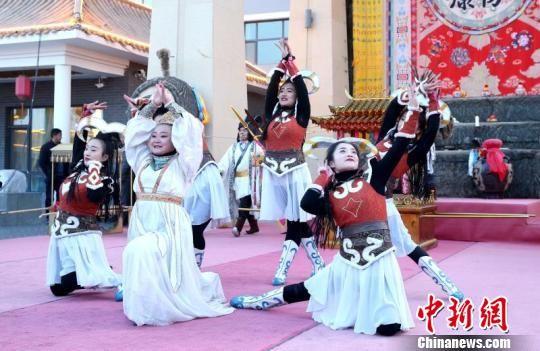 """甘肃武威上演""""西夏祈羊礼"""" 还原神秘王国民俗"""