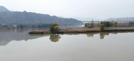 �S河(he)�m州段�U三江�R(hui)流� 山水(shui)旖(yi)旎入(ru)��(hua)��
